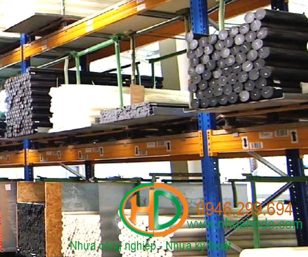 nhựa công nghiệp dạng cây 3