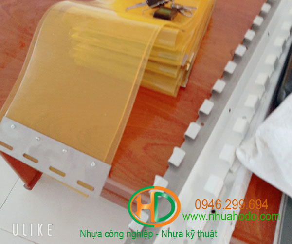 phụ kiện rèm nhựa pvc 2