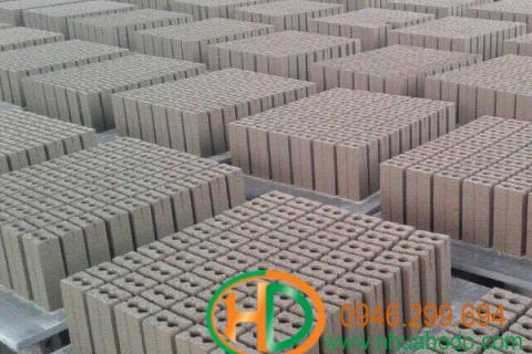 Pallet Gạch Không Nung PVC