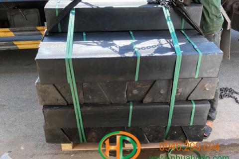 Thanh nhựa HDPE dùng kê, chèn thép cuộn