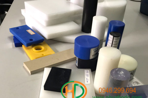Gia công chi tiết nhựa phụ trợ cơ khí